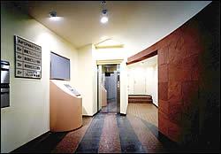 実績例 駅南ビル2 エントランス
